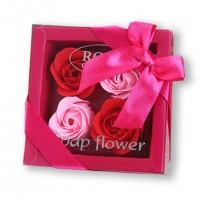 ROSE RED Flowers Box with 4 Soap Roses VFB570